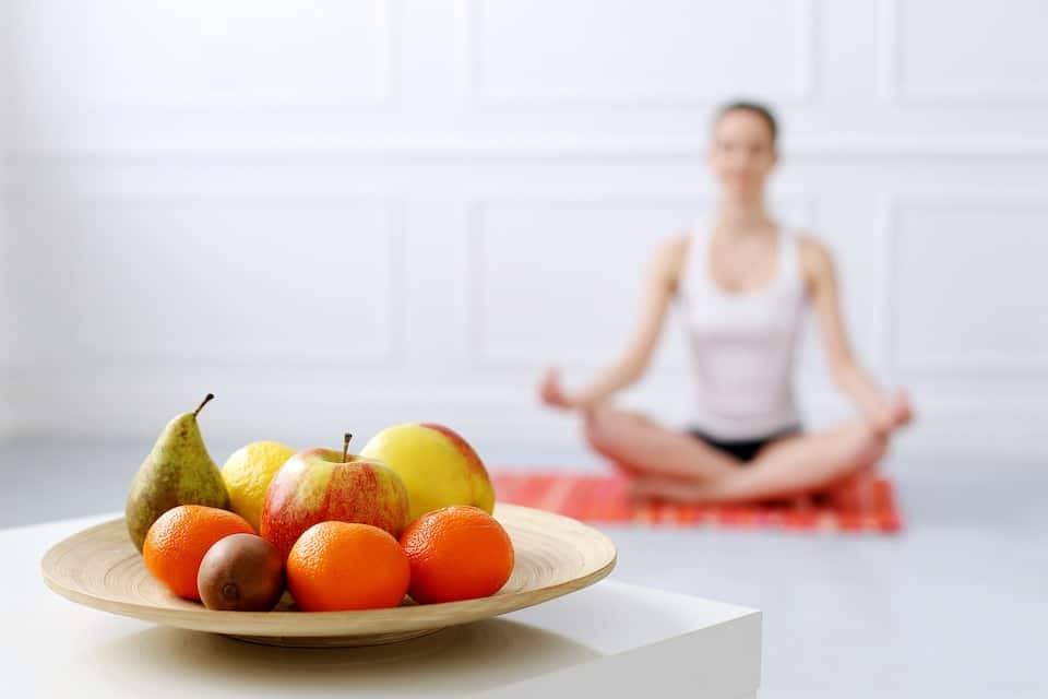 Yoga On a Full Stomach: Is It Safe?