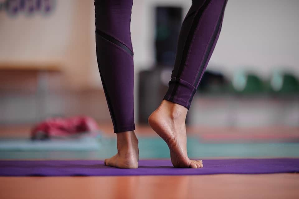 Here's Exactly How Yoga Pants Should Fit