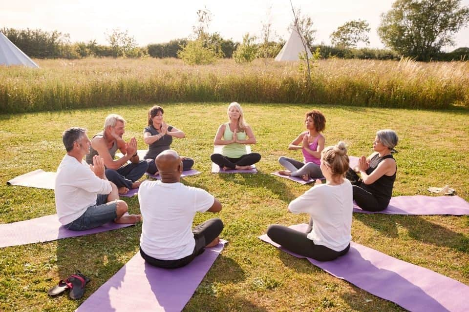 A Complete Guide to Yoga Retreats