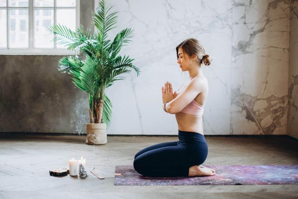 Yoga vs. Meditation: Benefits and Differences