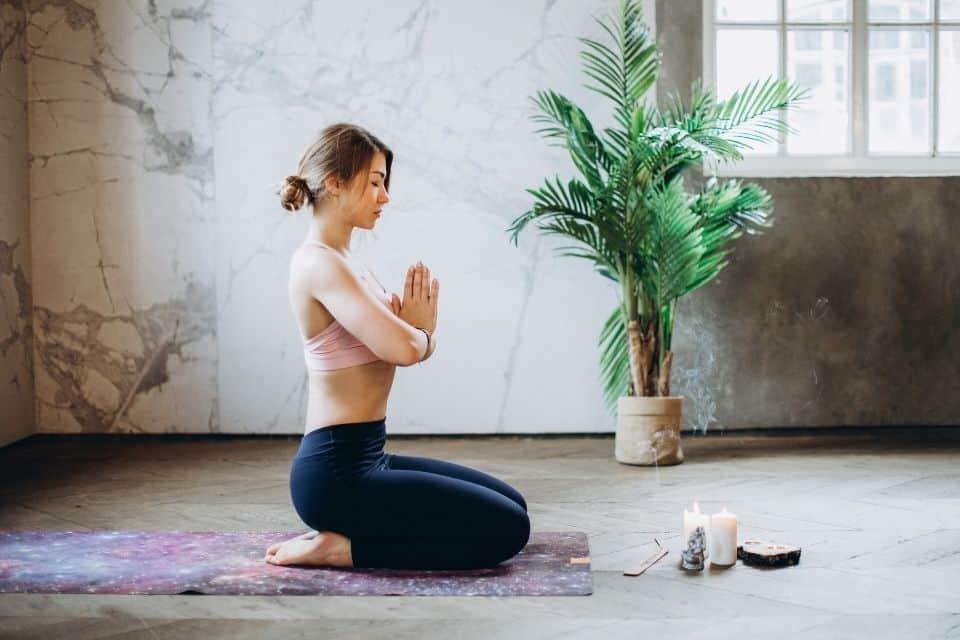 Should You Do Yoga Before or After Meditation?
